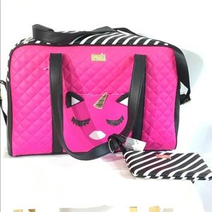 Luv Betsey By Betsey Johnson, Weekender W/Wristlet